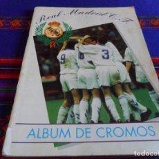 Álbum de fútbol completo: REAL MADRID C.F. 1994 1995 COMPLETO. MAGIC BOX INTERNATIONAL. REGALO 2016 2017 VACÍO PANINI.. Lote 82272200