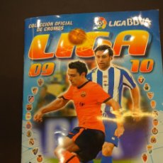 Álbum de fútbol completo: ALBUM ESTE. LIGA 2009-2010. COMPLETO. TODO LO EDITADO. INCLUÍDO MERCADO INVIERNO + STICKS CHICLE. Lote 82307916
