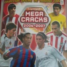 Álbum de fútbol completo: MEGACRACKS 2006 2007 CON 572 CARDS. Lote 90873199