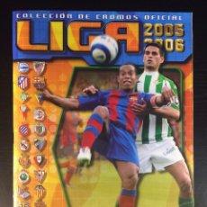 Álbum de fútbol completo: ALBUM COMPLETO LIGA 2005 2006, EDICIONES ESTE, CASI COMPLETO A FALTA DE 7 CROMOS + 73 COLOCAS !!!. Lote 97628671