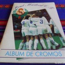 Álbum de fútbol completo: REAL MADRID C.F. 94 95 COMPLETO MAGIC BOX INTERNATIONAL. REGALO PÉGATE A TUS ÍDOLOS 05 06 INCOMPLETO. Lote 98201159