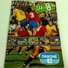 Álbum de fútbol completo: ÁLBUM FÚTBOL EN ACCIÓN. DANONE 82.. Lote 110950919