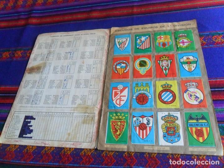 Álbum de fútbol completo: FHER DISGRA CAMPEONATO DE LIGA 1966 1967 66 67 COMPLETO. REGALO 1967 1968 67 68 INCOMPLETO. - Foto 2 - 120210527