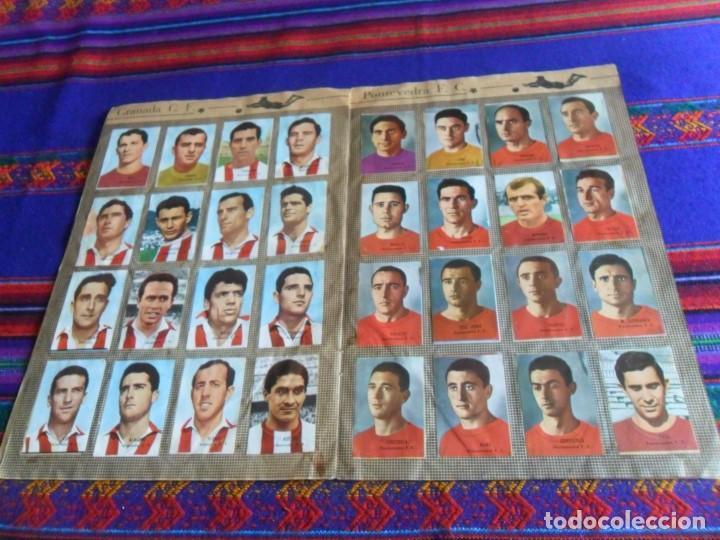 Álbum de fútbol completo: FHER DISGRA CAMPEONATO DE LIGA 1966 1967 66 67 COMPLETO. REGALO 1967 1968 67 68 INCOMPLETO. - Foto 7 - 120210527
