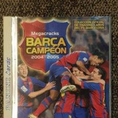 Álbum de fútbol completo: BARÇA CAMPEON 2004-2005 PANINI MEGACRACKS CON LOS 3 MESSI CARDS NUEVAS FC BARCELONA EN CASTELLANO. Lote 130387736