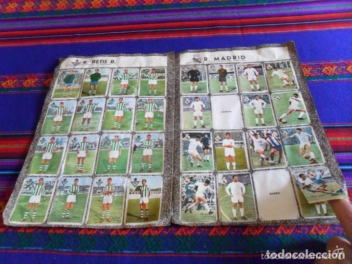 Álbum de fútbol completo: FHER DISGRA CAMPEONATO DE LIGA 1966 1967 66 67 COMPLETO. REGALO 1967 1968 67 68 INCOMPLETO. - Foto 17 - 120210527