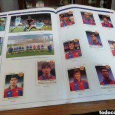 Álbum de fútbol completo: FC BARCELONA. HISTORIA EN CROMOS. 3 ALBUMES COMPLETOS Y PEGADOS. Lote 141037304