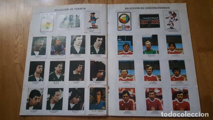 Álbum de fútbol completo: ALBUM LOS ASES DEL MUNDIAL ESPAÑA 82 - EDITORIAL VENLICO COMPLETO - Foto 8 - 154909166