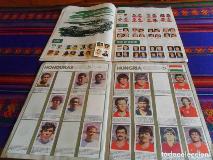 Álbum de fútbol completo: MUNICH 74 FHER COMPLETO, ESPAÑA 82 FHER INCOMPLETO REGALO ITALIA 90 PANINI INCOMPLETO MUNDIAL FÚTBOL - Foto 9 - 177119527
