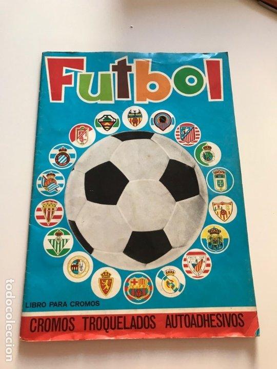 ALBUM FUTBOL, CAMPEONATO LIGA 1975-76, 75-76 MAGA , COMPLETO, CROMOS TROQUELADOS AUTOADHESIVOS (Coleccionismo Deportivo - Álbumes y Cromos de Deportes - Álbumes de Fútbol Completos)