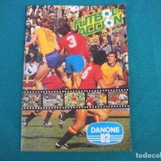 Álbum de fútbol completo: ALBUM FUTBOL DANONE 82 COMPLETO NARANJITO. Lote 181976386