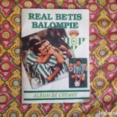 Álbum de fútbol completo: ALBUM BETIS COMPLETO FIRMADO POR JUGADORES . Lote 182945462