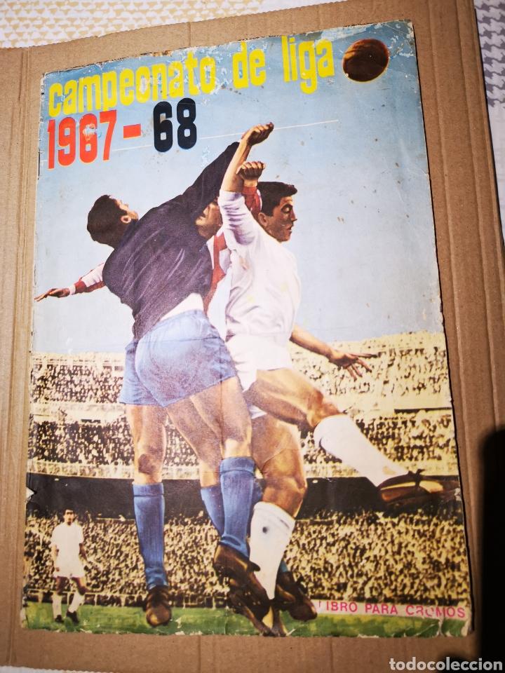 ÁLBUM COMPLETO DE FHER 1967/68 CON LOS 16 ESCUDOS. (Coleccionismo Deportivo - Álbumes y Cromos de Deportes - Álbumes de Fútbol Completos)