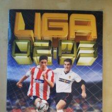 Álbum de fútbol completo: ALBUM COMPLETO LIGA ESTE 02 03 - CON 7 NUTELLA. Lote 195225653