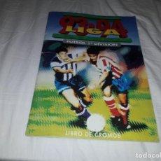 Álbum de fútbol completo: ALBUM DE LA LIGA 1993-94 ESTE COMPLETO Y EN MUY BUEN ESTADO, MUCHOS CROMOS DOBLES ,ADHESIVOS. Lote 203078897