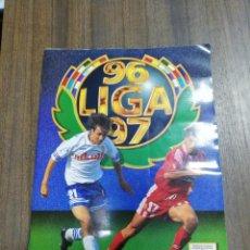 Álbum de fútbol completo: ALBUM COMPLETO. LIGA 96/ 97. COLECCIONES ESTE. CONTIENE FOTOS DE 58 DOBLES Y 30 COLOCA. VER FOTOS.. Lote 207818640