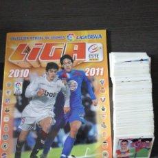 Álbum de fútbol completo: FUTBOL LIGA ESTE 2010 2011 ALBUM VACIO Y 509 CROMOS NUEVOS POR PEGAR Y SIN REPETIR. Lote 213717423