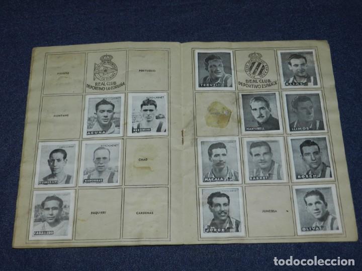 Álbum de fútbol completo: ALBUM LIBRETA DEPORTIVA , CISNE 1942, FALTAN 74 CROMOS, 1 DIVISION , SEÑALES DE USO - Foto 6 - 214354558
