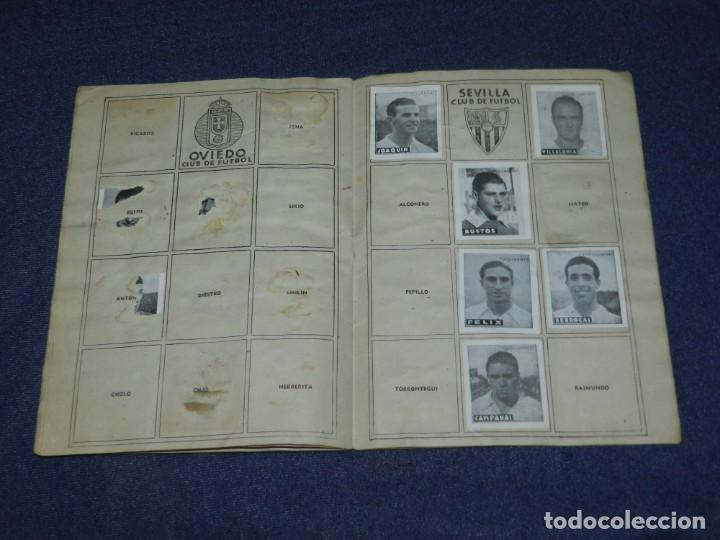 Álbum de fútbol completo: ALBUM LIBRETA DEPORTIVA , CISNE 1942, FALTAN 74 CROMOS, 1 DIVISION , SEÑALES DE USO - Foto 8 - 214354558