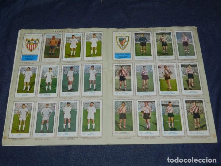 Álbum de fútbol completo: ALBUM CAMPEONATO DE FUTBOL JUGADORES DE PRIMERA DIVISION, GRAFICAS BACHENDE 1957 COMPLETO - Foto 4 - 214354671