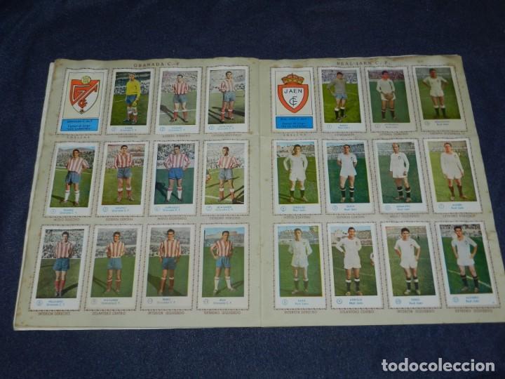 Álbum de fútbol completo: ALBUM CAMPEONATO DE FUTBOL JUGADORES DE PRIMERA DIVISION, GRAFICAS BACHENDE 1957 COMPLETO - Foto 7 - 214354671