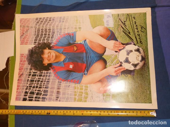 BESTIAL FOTO 44 X 30 DOBLE CARA MARADONA Y EQUIPO BARCA TODO AUTOGRAFIADO PRECIOSO OBJETO (Coleccionismo Deportivo - Álbumes y Cromos de Deportes - Álbumes de Fútbol Completos)