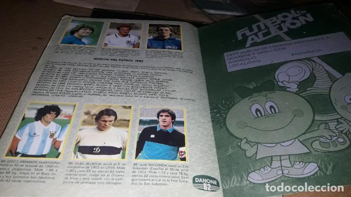 Álbum de fútbol completo: MARADONA EN EL ALBUM COMPLETO DEL MUNDIAL 1982-83 DANONE - Foto 3 - 230424030