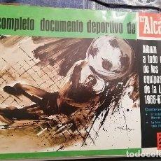 Álbum de fútbol completo: EL ALCAZAR TODOS LOS EQUIPOS DE LA LIOGA 1966/67. Lote 244758900