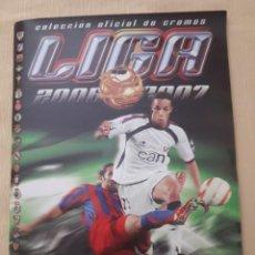 Álbum de fútbol completo: LIGA ESTE 06-07 COLECCIÓN COMPLETA CON TODO LO EDITADO INCLUIDO ERROR BERND SCHUSTER. Lote 268274954