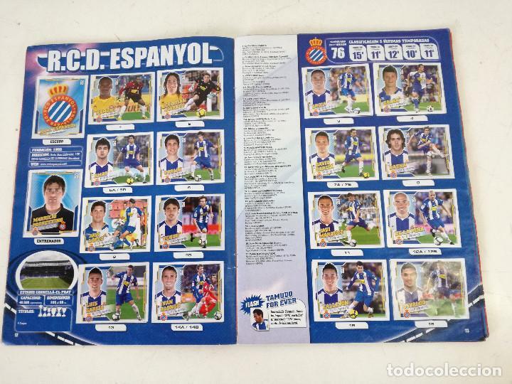 Álbum de fútbol completo: Album de fútbol con cromos, Liga 2010-11, Colecciones Este, colocas, completo, todos fotografiados - Foto 2 - 270176558