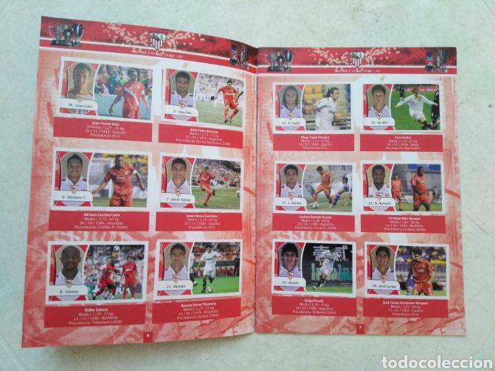 Álbum de fútbol completo: Álbum completo Sevilla F.C, colección oficial de cromos 2009-2010 - Foto 4 - 278429533