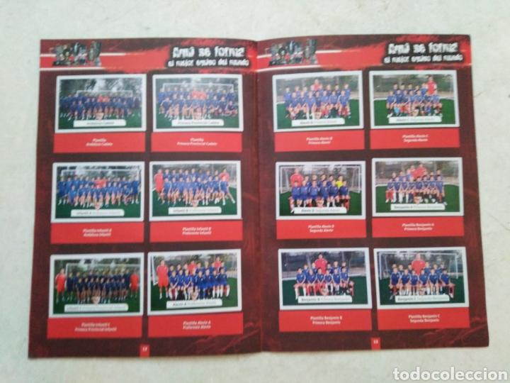 Álbum de fútbol completo: Álbum completo Sevilla F.C, colección oficial de cromos 2009-2010 - Foto 7 - 278429533