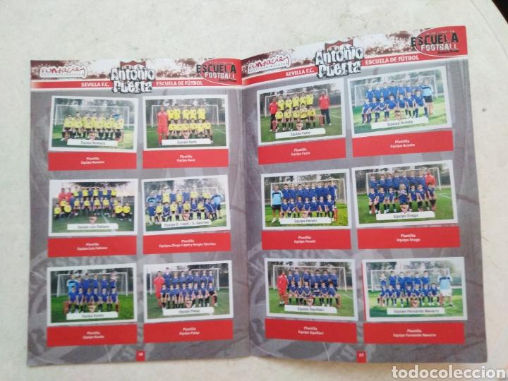 Álbum de fútbol completo: Álbum completo Sevilla F.C, colección oficial de cromos 2009-2010 - Foto 9 - 278429533