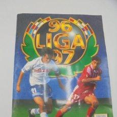 Álbum de fútbol completo: ALBUM COMPLETO. LIGA 96/ 97. COLECCIONES ESTE. CONTIENE DOBLES COLOCA ULTIMOS FICHAJES. VER FOTOS.. Lote 292544293