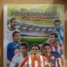 Coleccionismo deportivo: ALBUM ARCHIVADOR NUEVO VACIO ADRENALYN XL TRADING CARDS LIGA 2011-2012 PANINI. Lote 37579091