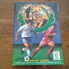 Coleccionismo deportivo: ALBUM INCOMPLETO LIGA ESTE 1996 1997 96 97. Lote 34629616