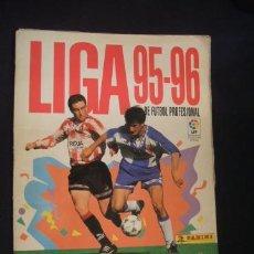 Coleccionismo deportivo: LIGA 95-96 - PANINI - CONTIENE 427 CROMOS - . Lote 35010796