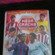 Coleccionismo deportivo: ALBUM CASI COMPLETO MEGA CRAKS LIGA 2006-2007 ( FALTAN UNOS 40 CROMOS ). Lote 36892101