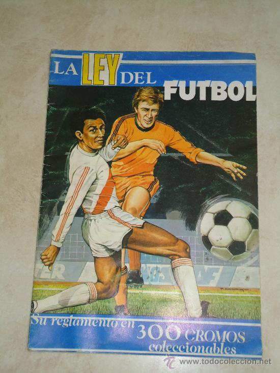 LA LEY DEL FUTBOL-AÑO 1976-VACIO (Coleccionismo Deportivo - Álbumes y Cromos de Deportes - Álbumes de Fútbol Incompletos)