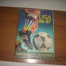 Coleccionismo deportivo: ALBUM DE LA LIGA 1986-87 DE ESTE ,CON MUCHISIMOS COLOCAS+ REGALO ,ENVIO GRATIS. Lote 38968022