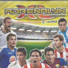Coleccionismo deportivo: ALBUM CON 434 CARTAS ADRENALYN 2011-12 TRADING CARD GAME PANINI MUY COMPLETO. Lote 45197402