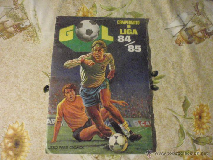 ALBUM DE CROMOS DE FÚTBOL EDITORIAL MAGA LIGA 1984-85. CASI COMPLETO (Coleccionismo Deportivo - Álbumes y Cromos de Deportes - Álbumes de Fútbol Incompletos)