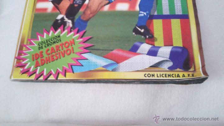 Coleccionismo deportivo: ALBUM ESTE 95-96 MUY COMPLETO CON VARIOS DOBLES, COLOCAS FICHAJE. VERSION SIN ALBACETE / VALLADOLID - Foto 2 - 50460482