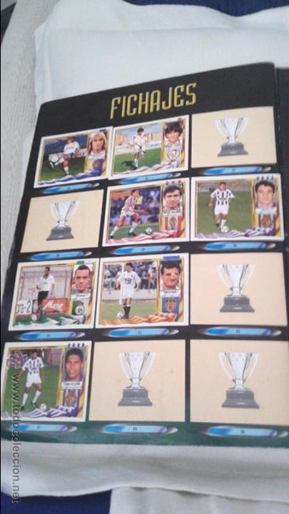 Coleccionismo deportivo: ALBUM ESTE 95-96 MUY COMPLETO CON VARIOS DOBLES, COLOCAS FICHAJE. VERSION SIN ALBACETE / VALLADOLID - Foto 6 - 50460482