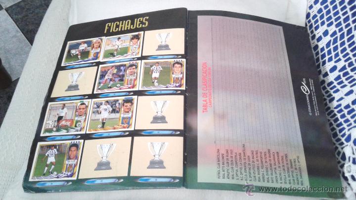 Coleccionismo deportivo: ALBUM ESTE 95-96 MUY COMPLETO CON VARIOS DOBLES, COLOCAS FICHAJE. VERSION SIN ALBACETE / VALLADOLID - Foto 7 - 50460482
