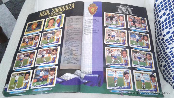 Coleccionismo deportivo: ALBUM ESTE 95-96 MUY COMPLETO CON VARIOS DOBLES, COLOCAS FICHAJE. VERSION SIN ALBACETE / VALLADOLID - Foto 9 - 50460482