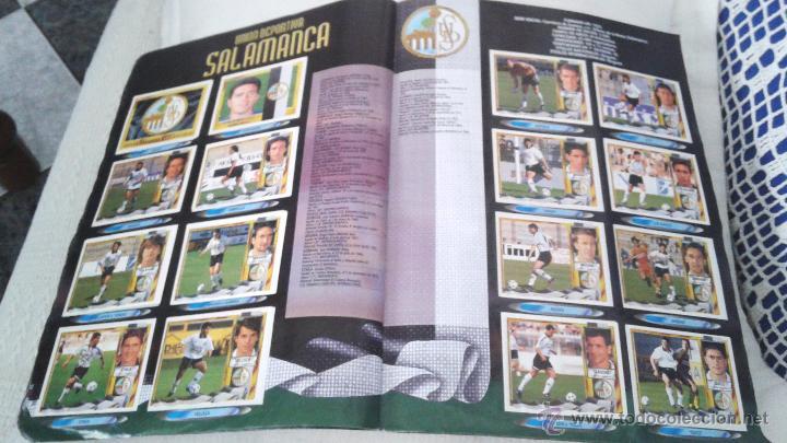 Coleccionismo deportivo: ALBUM ESTE 95-96 MUY COMPLETO CON VARIOS DOBLES, COLOCAS FICHAJE. VERSION SIN ALBACETE / VALLADOLID - Foto 15 - 50460482