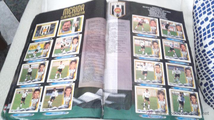 Coleccionismo deportivo: ALBUM ESTE 95-96 MUY COMPLETO CON VARIOS DOBLES, COLOCAS FICHAJE. VERSION SIN ALBACETE / VALLADOLID - Foto 20 - 50460482
