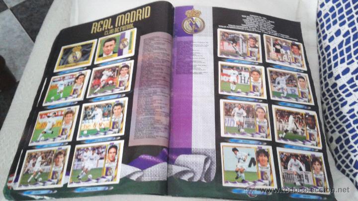 Coleccionismo deportivo: ALBUM ESTE 95-96 MUY COMPLETO CON VARIOS DOBLES, COLOCAS FICHAJE. VERSION SIN ALBACETE / VALLADOLID - Foto 24 - 50460482