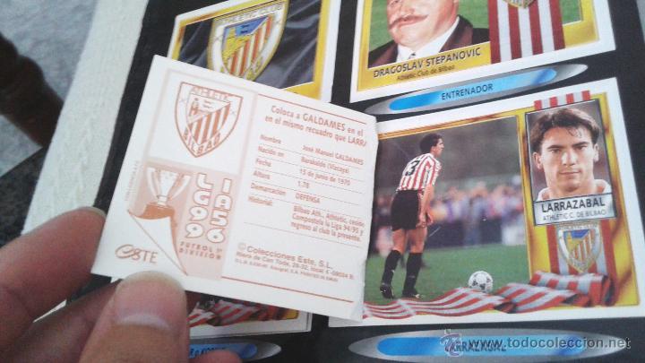 Coleccionismo deportivo: ALBUM ESTE 95-96 MUY COMPLETO CON VARIOS DOBLES, COLOCAS FICHAJE. VERSION SIN ALBACETE / VALLADOLID - Foto 36 - 50460482